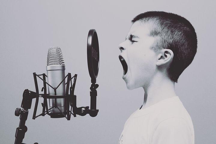 【基礎英語1 】中1の勉強法。学習の進め方やレベル・難易度を解説。発音とリスニングにも効果あり。