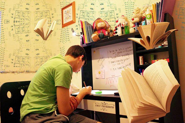 【中3は基礎英語3!】高校受験生にもおすすめの教材。学習方法と難易度(レベル)を解説!